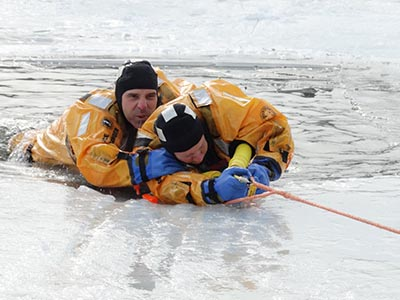 Thin ice water rescue training